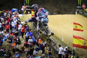 Febvre lights a Spanish candle