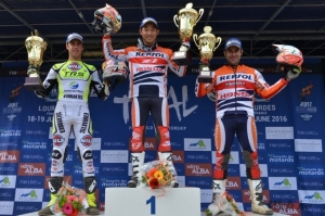 Trial2 Incredible Fujinami takes French win. Bou on the podium as always