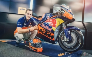 PROJECT KTM RC16 – INTO THE LIGHT