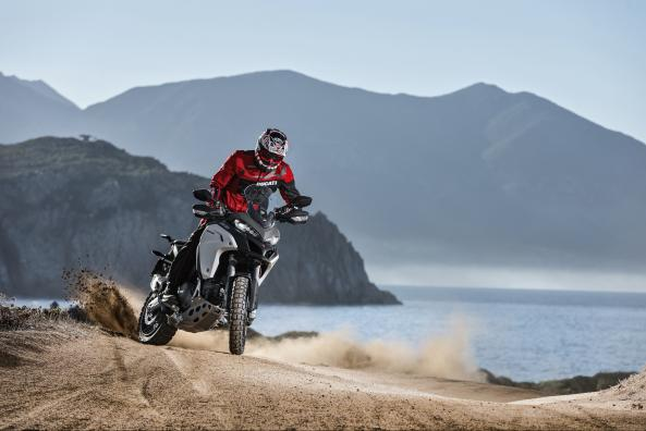 08_MULTISTRADA1200_ENDURO_thumb_593_396
